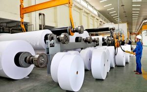 Quy trình sản xuất giấy công nghiệp.