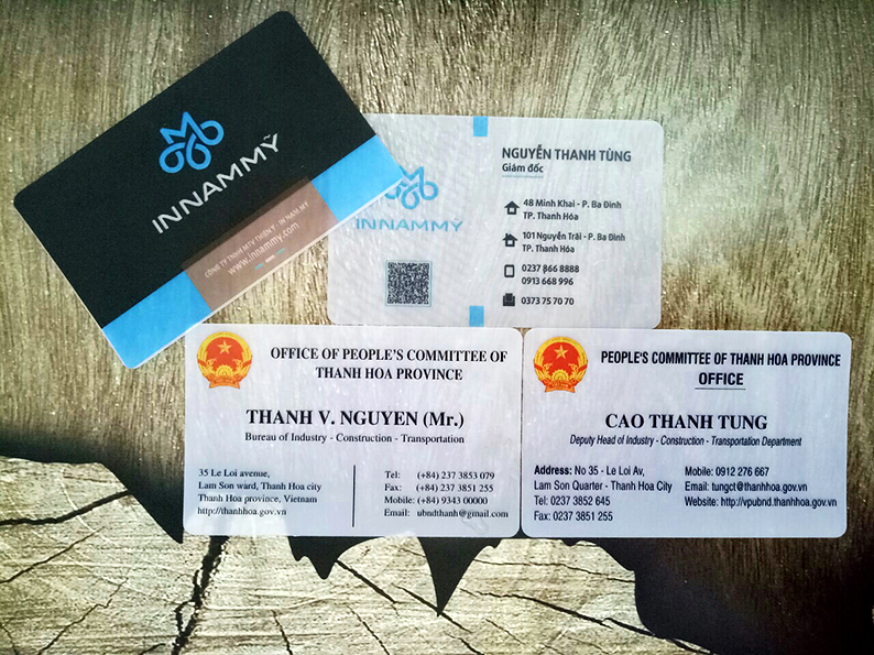in thẻ nhựa, name card nhựa trong giá rẻ